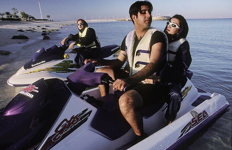 a-man-and-a-woman-jetski-010